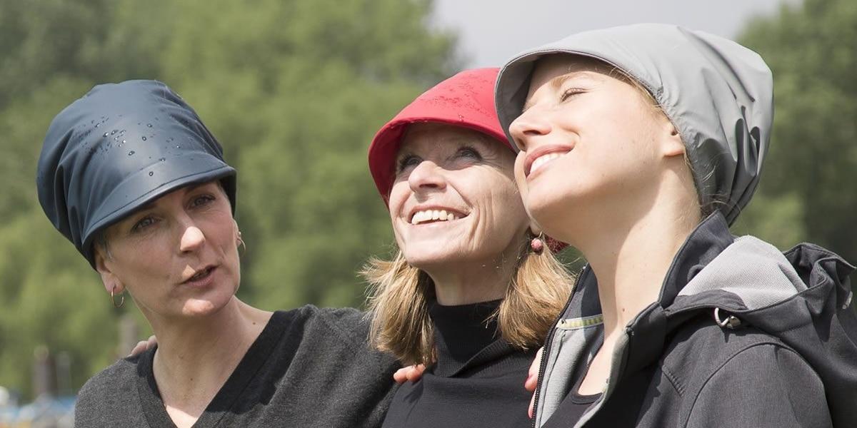 """Antje Lücke - FISCHKOPP Hüte, Modell """"Nieselregen"""""""