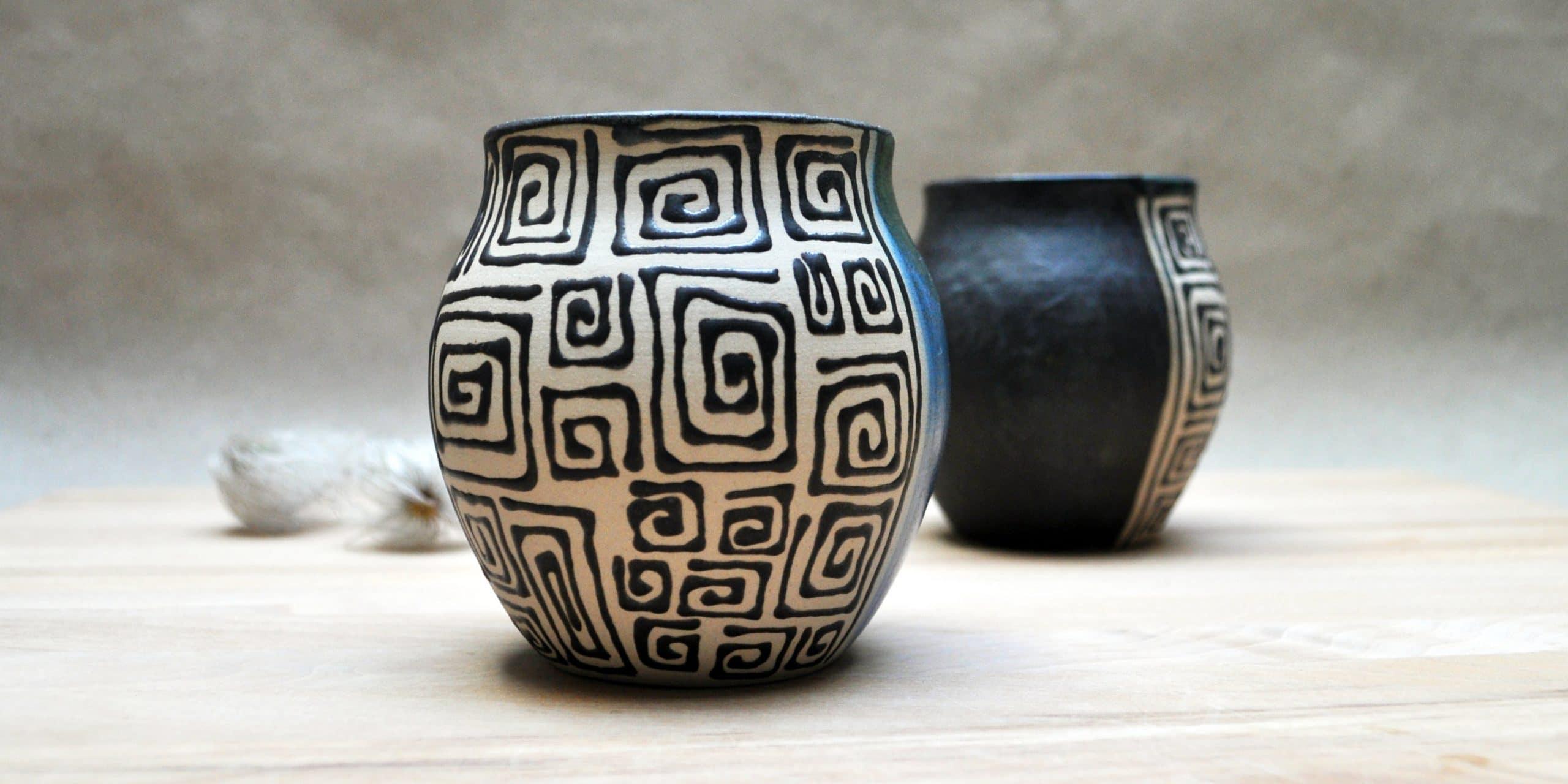 Keramik und Porzellanschmuck von Jeannette Lee
